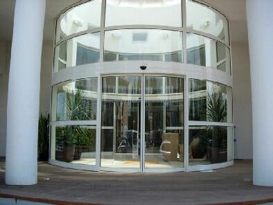 Reparación puertas automáticas cristal Cádiz