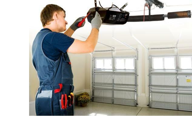 Instalación motor puerta garaje